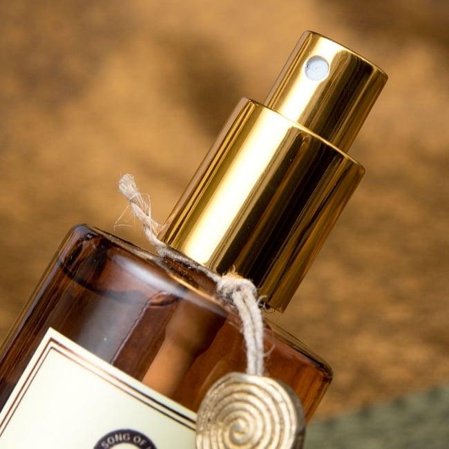 ルームスプレー - Organic Goodness - マイソール・チャンダン(白檀) サンダルウッド 4 - しゅっと一吹きでお部屋の香りを変えられます