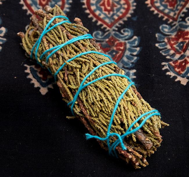 カリフォルニア ジュニパー  無農薬 ワンド バンドル スティック  3本セット [10cm  25g程度]スマッジング 浄化の写真