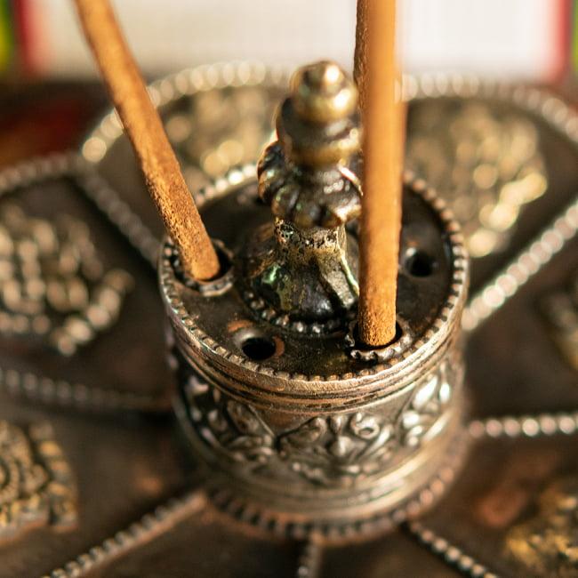 幸運の八吉祥文様 チベット香用蓮型お香立て【約12cm×約8cm】 10 - 拡大写真です