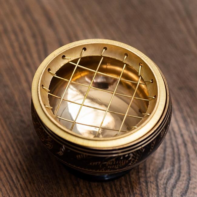 レジン香用お香たて - 金属製黒塗り&伝統模様 3 - 網を取り外してみました