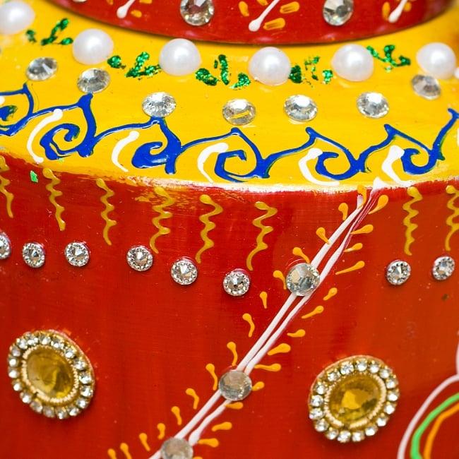インドのデコレーションやかん - 赤×黄イエローストーン 5 - 細かいところまで装飾されています
