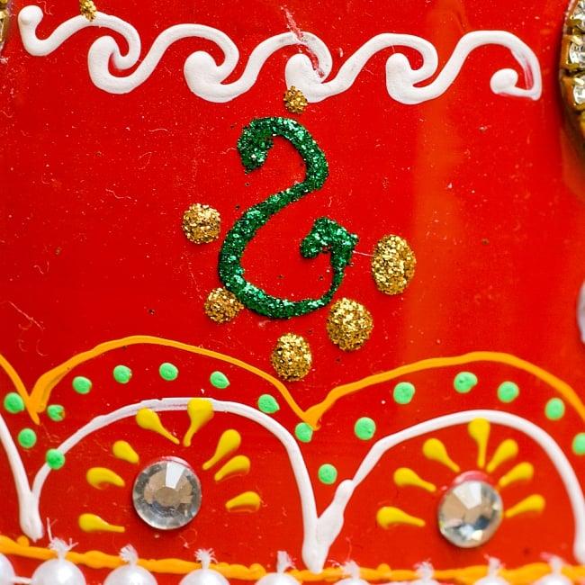 インドのデコレーションやかん - 赤×緑ブルーストーン 6 - 全て手作りなので、同じデザインの物でも1点1点装飾が異なります