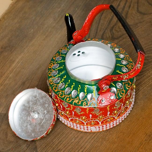 インドのデコレーションやかん - 赤×緑クリアストーンB 11 - 蓋を開けてみました!中身はきれいですがこちらは食器ではございません。鑑賞用のポットとなります。