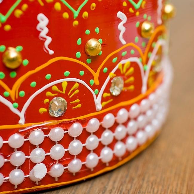 インドのデコレーションやかん - 赤×緑クリアストーンB 6 - 全て手作りなので、同じデザインの物でも1点1点装飾が異なります