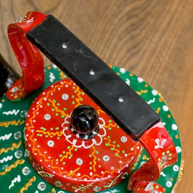 インドのデコレーションやかん 赤×緑グリーンストーン 9 - 持ち手部分はこの様になっています。