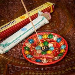 ネパールのハンドペイント陶器お香立て 曼荼羅【直径約12.5cm】の商品写真