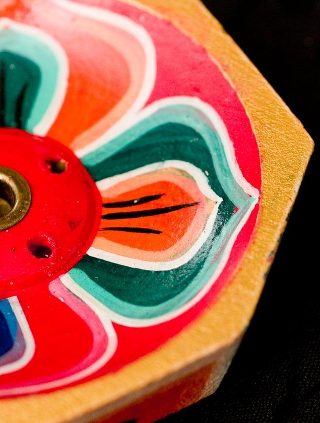 蓮の花のミニお香立て【直径約6cm】 4 - 六色がチベットの寺院を彷彿とさせます。