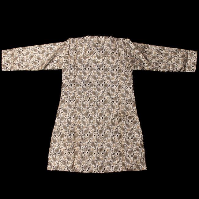 子供用クルタパジャマ 3点セット【ペイズリー・薄ゴールド】  3 - 裏はこのようになっております