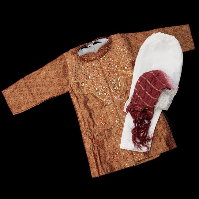 子供用クルタパジャマ 3点セット【唐草・ブラウン】 の写真