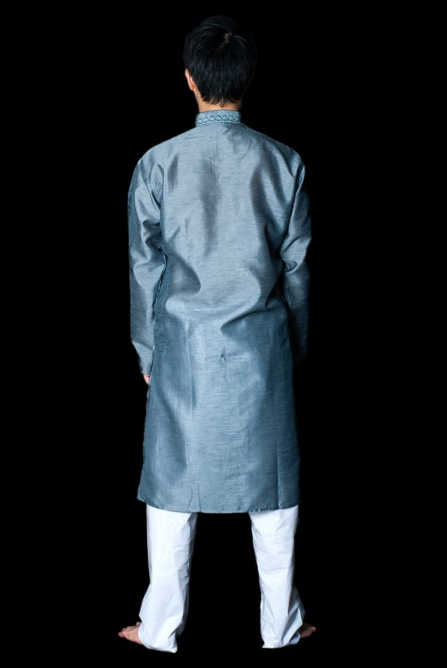 クルタ・パジャマ - 青灰色【光沢生地】 3 - 背面からみてみました。なんとなくスラッとスタイルがよく見えるかも?!