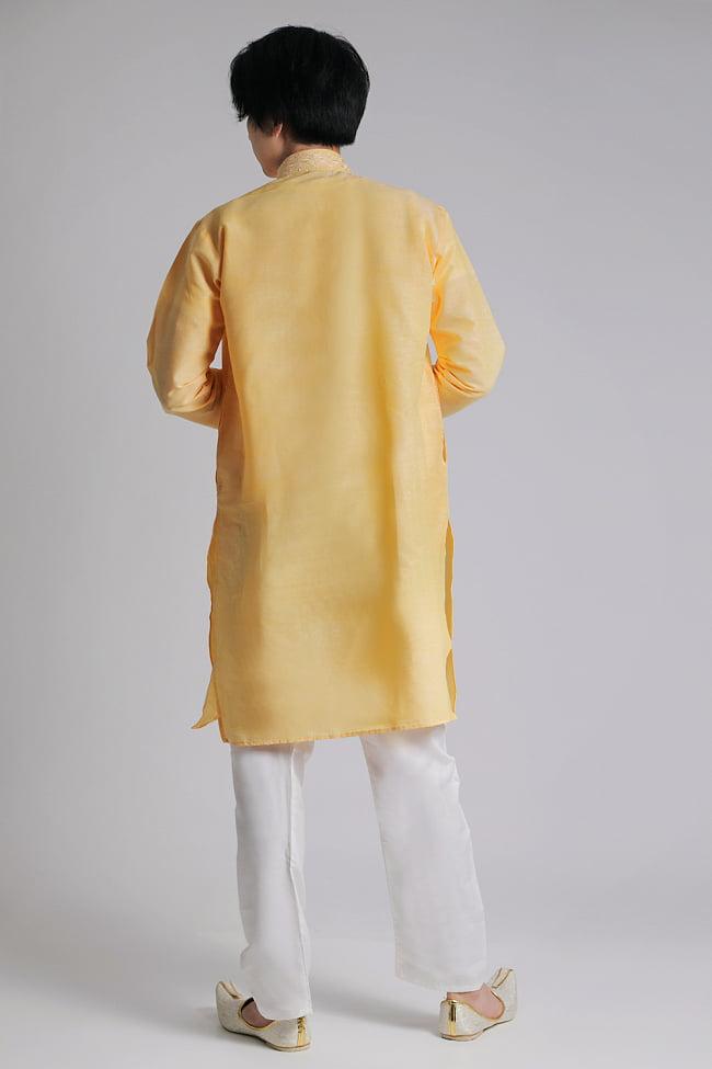 〔各色あり〕比翼仕立て クルタ・パジャマ上下セット インドの男性民族衣装 3 - 後ろからです