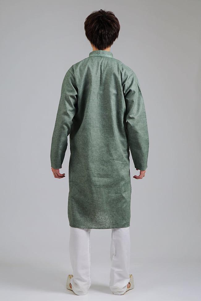 〔各色あり〕ダイヤ刺繍 クルタ・パジャマ上下セット インドの男性民族衣装 3 - 後ろからです