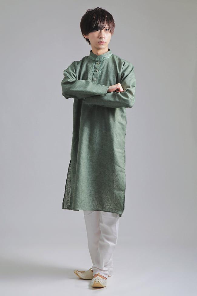 〔各色あり〕ダイヤ刺繍 クルタ・パジャマ上下セット インドの男性民族衣装の写真