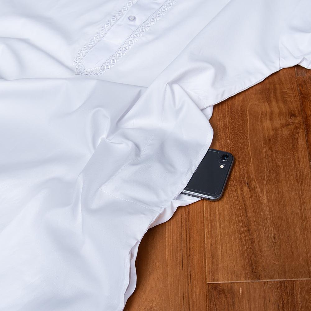 シンプルホワイト クルタ・パジャマ上下セット インドの男性民族衣装 14 - ポケットの写真です