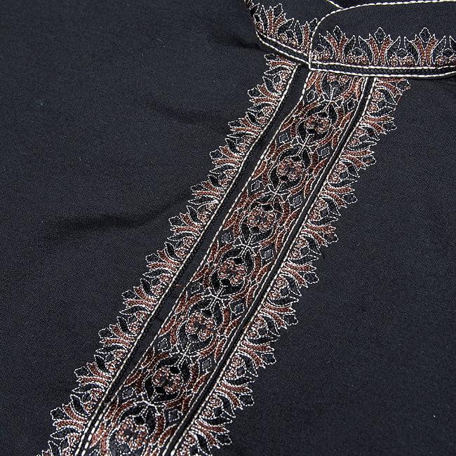 比翼仕立てのブラック クルタ・パジャマ上下セット インドの男性民族衣装 10 - 拡大写真です