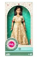 インドのバービー人形 タージマハルへ