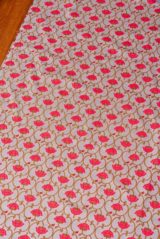 〔1m切り売り〕伝統息づく南インドから 更紗模様布〔幅約106cm〕 - グレー系 3 - 1mの長さごとにご購入いただけます。