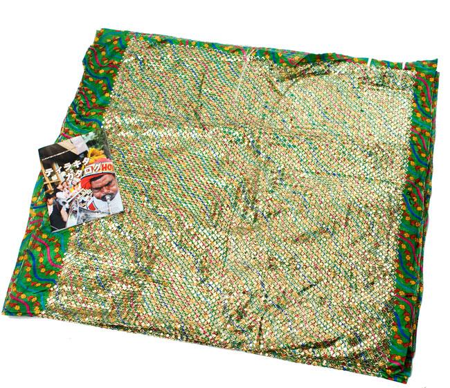 〔1m切り売り〕インドのスパンコールクロス - 緑〔幅104cm〕の写真