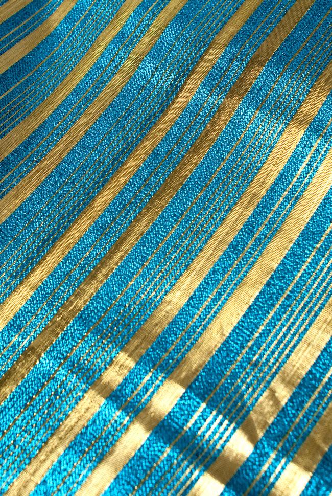 〔1m切り売り〕インドの伝統模様布 - ボーダー柄 青×金〔幅104cm〕の写真