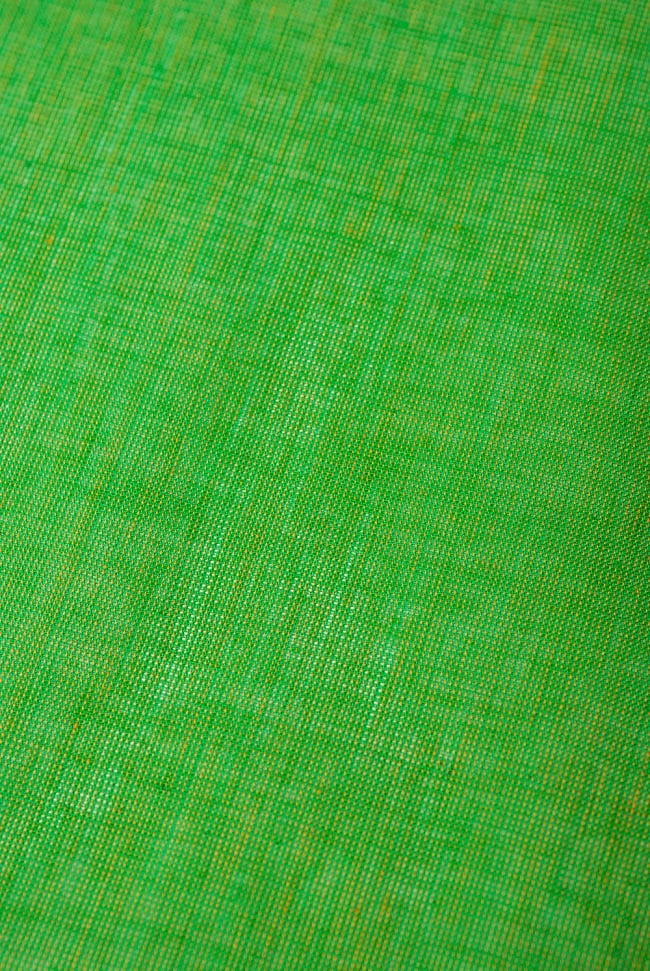 〔1m切り売り〕インドのシンプルコットン布  - 緑〔幅約110cm〕の写真