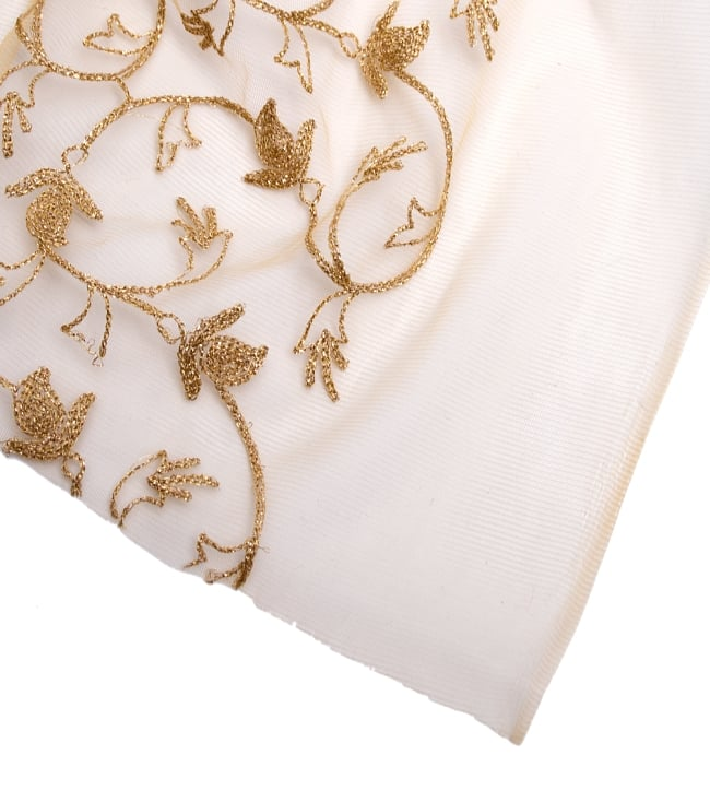 〔50cm切り売り〕更紗刺繍のメッシュ生地布〔105cm〕 - ベージュの写真4 - フチの写真です