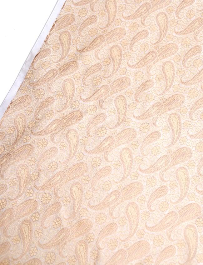 〔1m切り売り〕インドの伝統模様布〔106cm〕 - クリームの写真