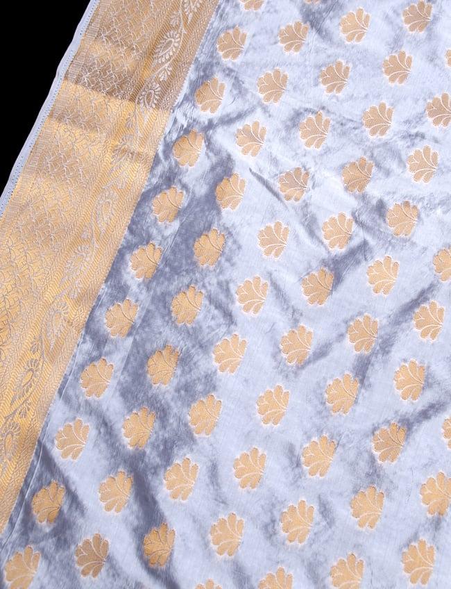 〔1m切り売り〕インドの伝統模様布〔115cm〕 - ホワイトの写真