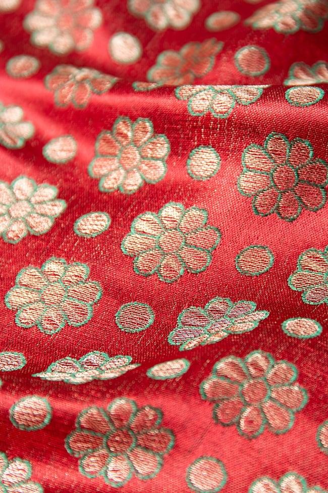 〔1m切り売り〕インドの伝統模様布 パープル・ピンク&フラワー〔幅約115cm〕 3 - 接写での撮影になります。