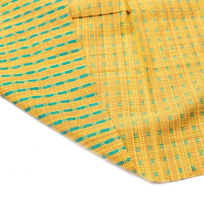 〔1m切り売り〕インドの伝統模様布 - 幅約112cm 4 - 裏面はこうなっております。