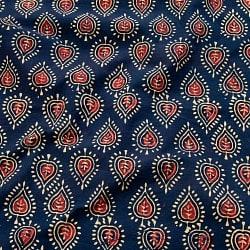 〔1m切り売り〕伝統息づく南インドから 昔ながらの木版染め葉柄布〔112cm〕 - 紺