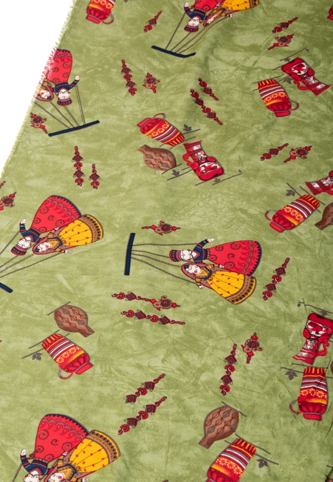 〔1m切り売り〕インドの伝統と不思議が融合 おもしろデザイン布〔109cm〕 - カトプトリ ラジャスタンの操り人形 2 - とても素敵な雰囲気です