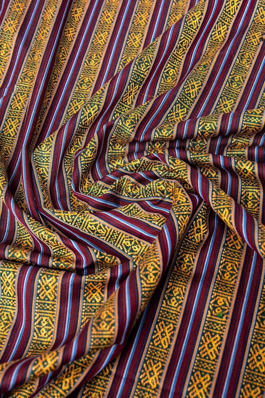 〔50cm切り売り〕ネパール織り生地-薄手 - 〔幅144cm〕 2 - 各種裁縫・洋裁におすすめです。