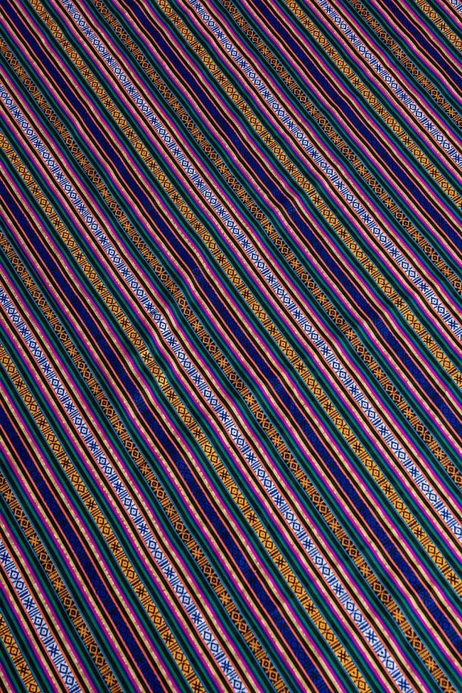 〔50cm切り売り〕ネパール伝統のコットン織り生地 薄手〔幅150cm〕の写真