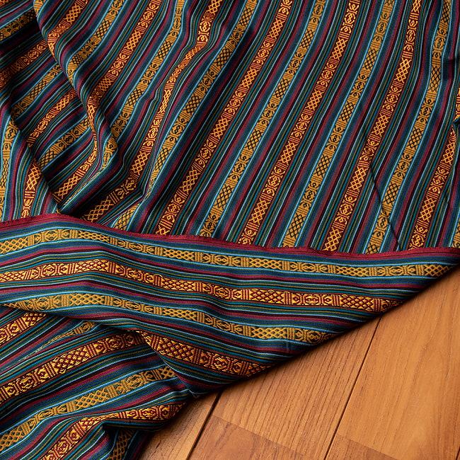 〔50cm切り売り〕ネパール伝統のコットン織り生地 薄手〔幅150cm〕 4 - 裏面を見てみました。