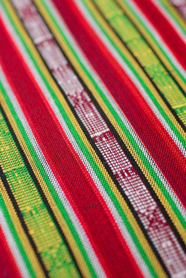 〔50cm切り売り〕ネパール織り生地-薄手〔幅155cm〕の写真3 - 生地を近くから見てみました。