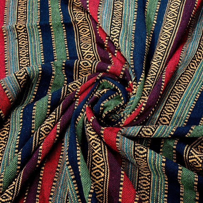 〔50cm切り売り〕裏起毛タイプ ネパール織り生地-厚手〔幅112cm〕の写真3 - 生地を近くから見てみました。