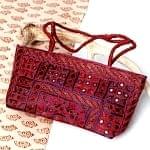 ラジャスタン刺繍ミラー付きバッグ - 葡萄色
