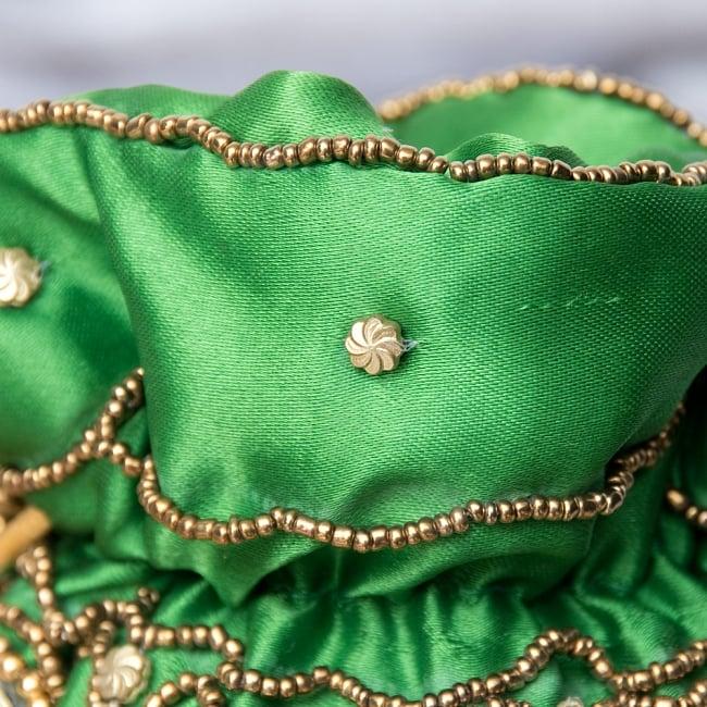 華やかなゴールドビーズ&ミラーワークの巾着ミニポーチ ミニバッグ - グリーン 3 - 拡大してみました。