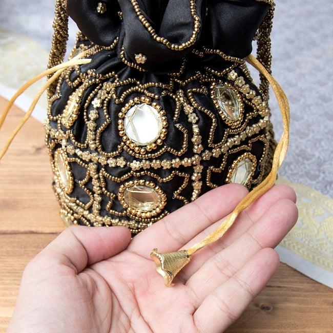 華やかなゴールドビーズ&ミラーワークの巾着ミニポーチ ミニバッグ - ブラック 5 - 巾着の紐部分です。