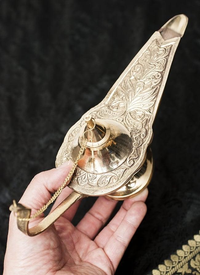 アラジンの魔法のランプ 【24cm×13.5cm】の写真5 - 手に取るとこれくらいの大きさです。