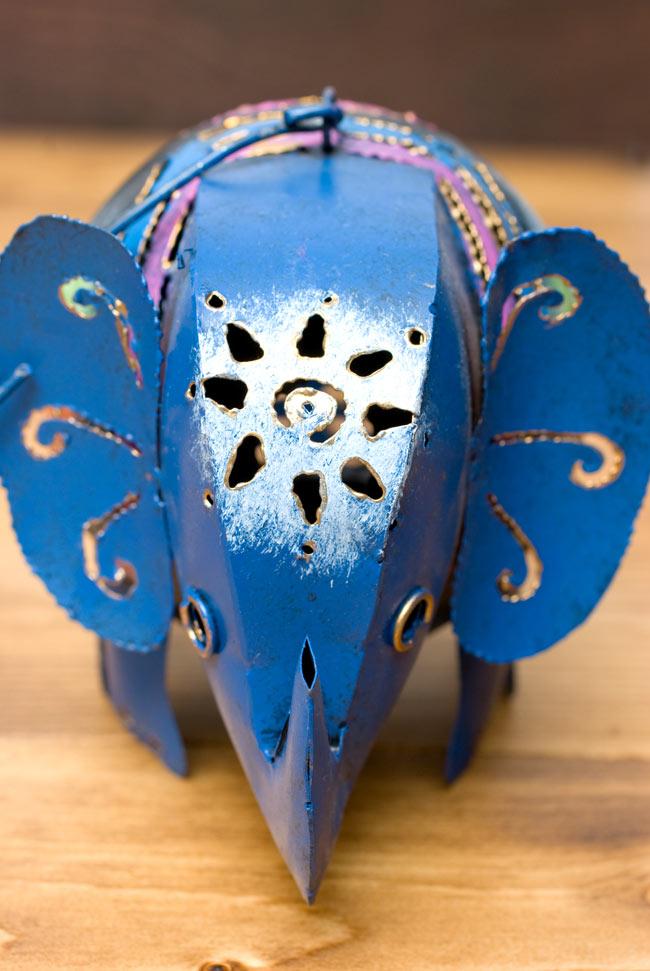 ノスタルジックキャンドルスタンド 象さんの写真2 - 真正面から見てみました。