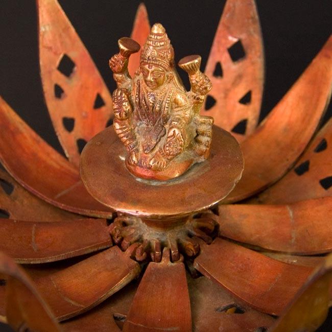 蓮の花とラクシュミー[一点物]の写真4 - 拡大しました