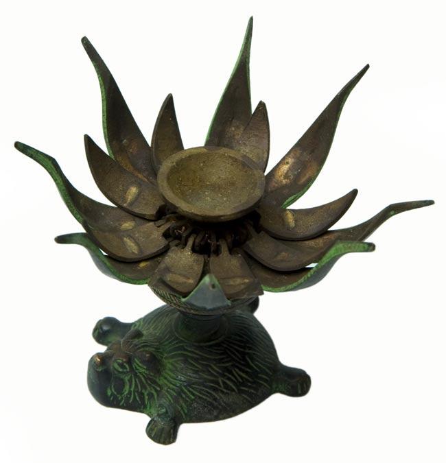 ロータスのお香&キャンドルスタンド - ライオン[緑]の写真4 - 花びらを開いた状態です