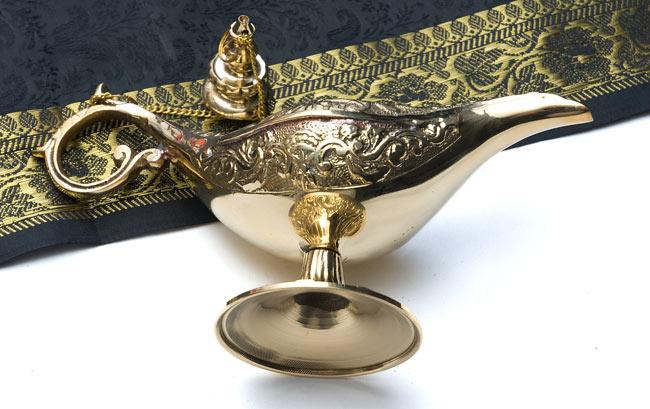 アラジンの魔法のランプ 【19cm×12cm】の写真3 - 腹の部分は滑らかになっています。