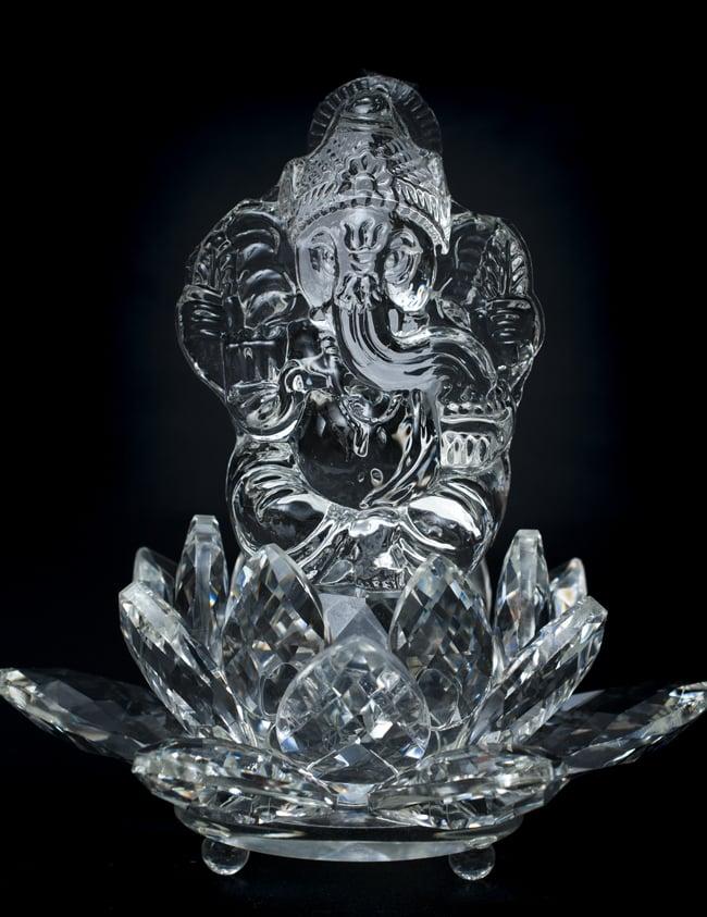 [訳アリ]蓮に坐るクリスタルガネーシャ[14cm]の写真3 - 正面から見てみました。