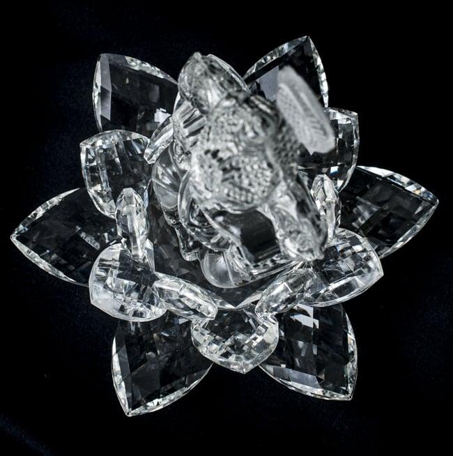 [訳アリ]蓮に坐るクリスタルガネーシャ[14cm]の写真9 - 真上から見てみました。クリスタルの蓮に坐しています。
