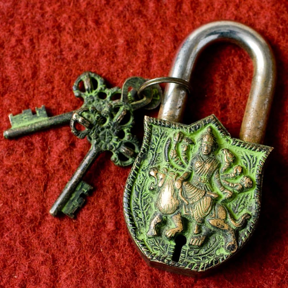 アンティック風南京錠- カーリー(緑)の写真