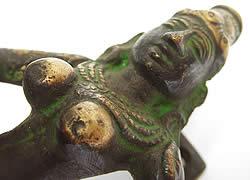 ダンシング神様のドアノブの写真 -