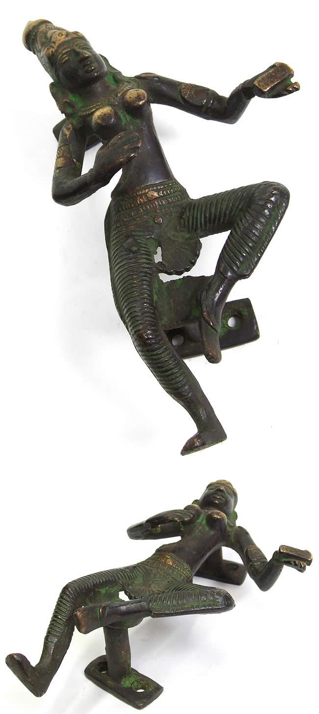 ダンシング神様のドアノブの写真1