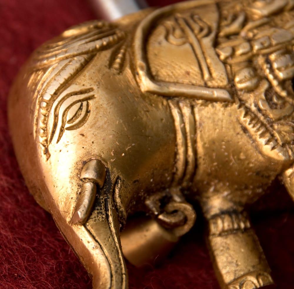 アンティック風南京錠- ぞうさん 3 - とぼけた、涅槃に至ったようなゾウさんがインド風ですね